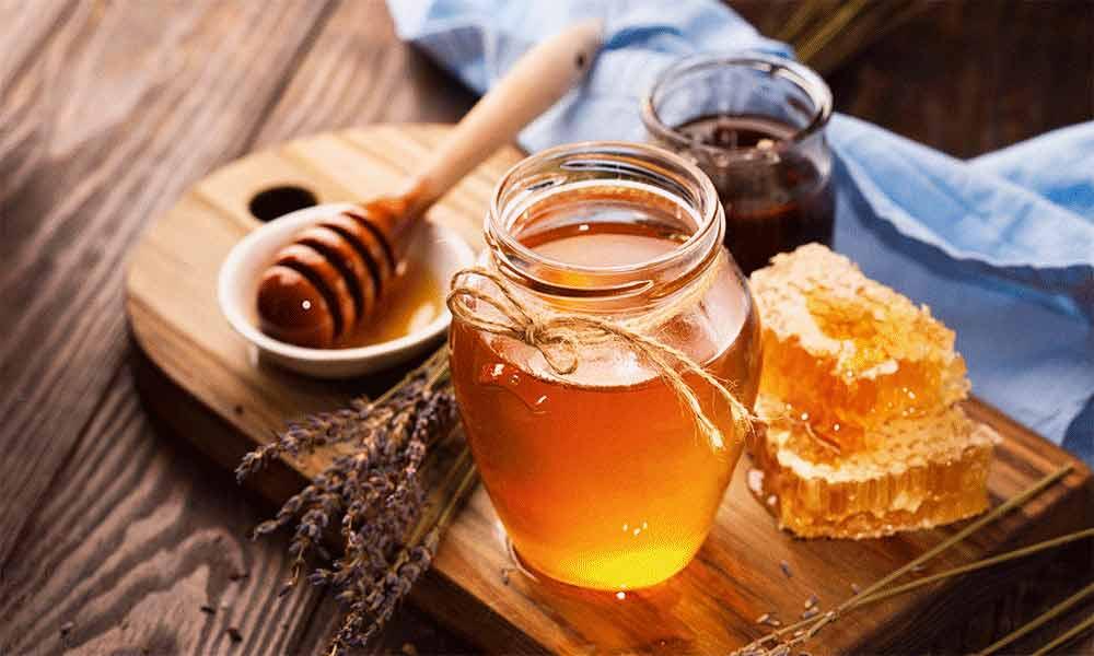 عسل شیشه ای 900 گرمی خوانسار در باکس 6 عددی
