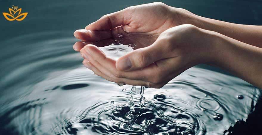 مزایای استفاده از آب معدنی به جای آب معمولی