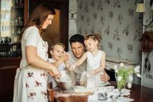 صبحانه مقوی برای خود و کودکان آماده کنید