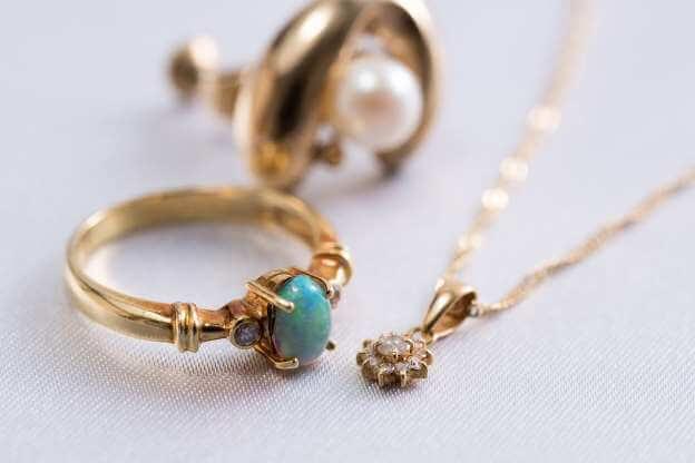 براق کردن جواهرات
