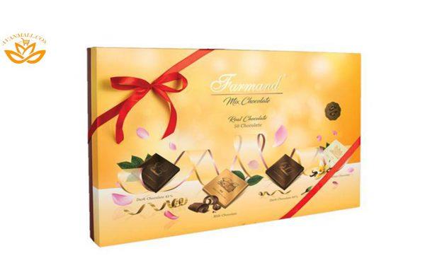 شکلات رگالو 222 گرمی فرمند در کارتن 5 عددی